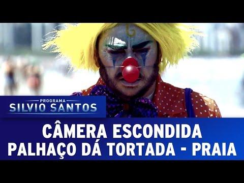 Câmera Escondida (23/10/16) - Palhaço dá Tortada - Praia  (Clown Prank - Beach)