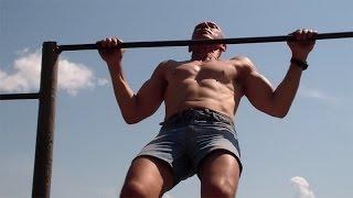 Тренировки на брусьях и турнике(У нас Вы можете заказать индивидуальную программу тренировок по интернету: http://atletizm.com.ua/personalnyj-trener/uslugi Упра..., 2014-06-06T12:33:02.000Z)