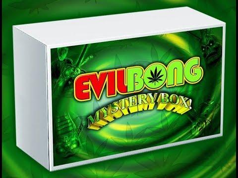 Full Moon: Evil Bong Mystery Box - YouTube