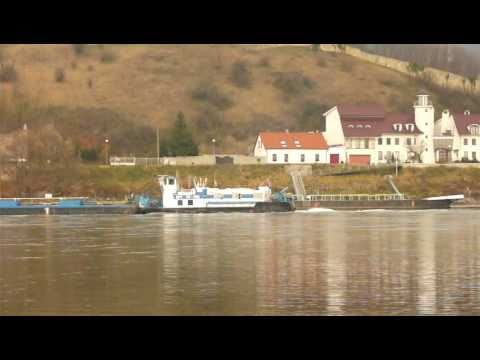 Diesel Power - Barges on Danube!