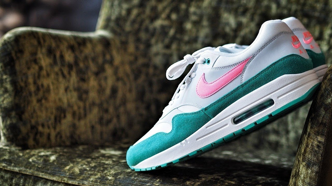 new product e6b7e f8121 Nike Air Max 1 Watermelon or Wat a Lemon  What the... NIKE! English Review