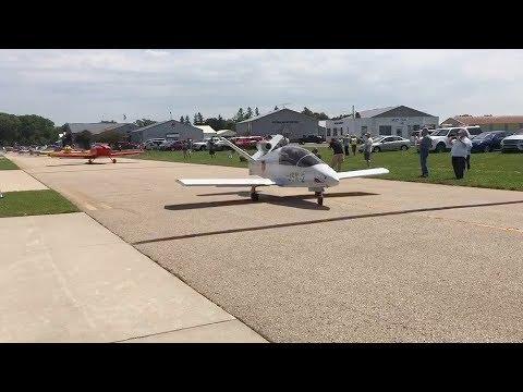 Sonex Parade (With Jet!) 2017 Air Venture