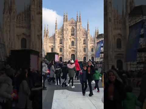Famiglia Batà A Milano