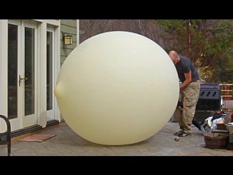 Thumbnail: 40 Feet Weather Balloon Overfilled + Slow motion