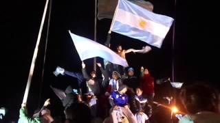 La Hinchada Argentinana en Rio Grande, para Aire Libre fm 96 3 2