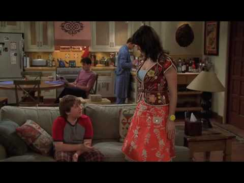 Download Two and a Half Men, Season 4 Bloopers