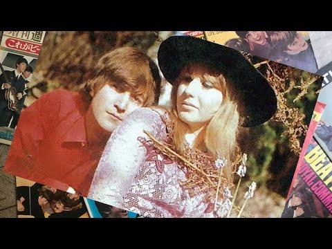 ♫ John Lennon with Cynthia photos in their home at Kenwood 1965