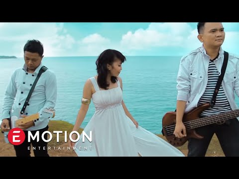 Cassandra Band - Tetap Menjadi Milikmu (Official Music Video)