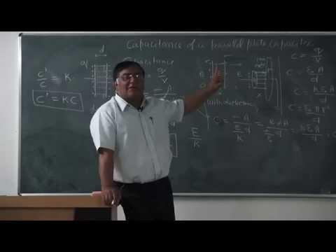 XII-1.21 parallel plate capacitor Physics Pradeep Kshetrapal (2014)