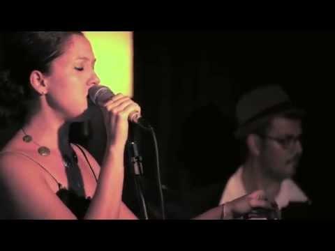 camila-kerr---billie's-blues-(tributo-a-billie-holiday)