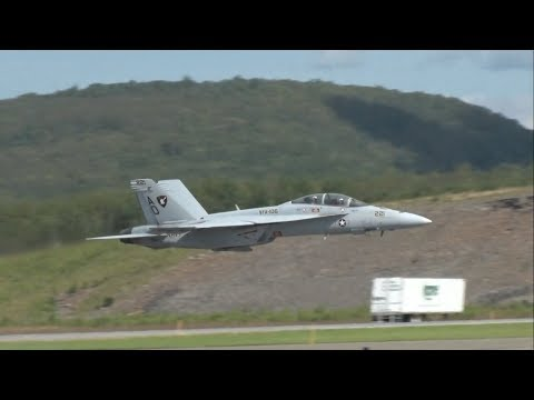 2017 Northeastern Pennsylvania Airshow - F/A-18F Super Hornet Demonstration