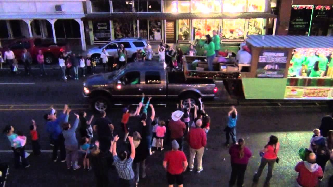 2014 Ponchatoula Christmas Parade   YouTube