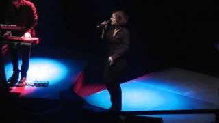Alison Moyet Right As Rain 2013