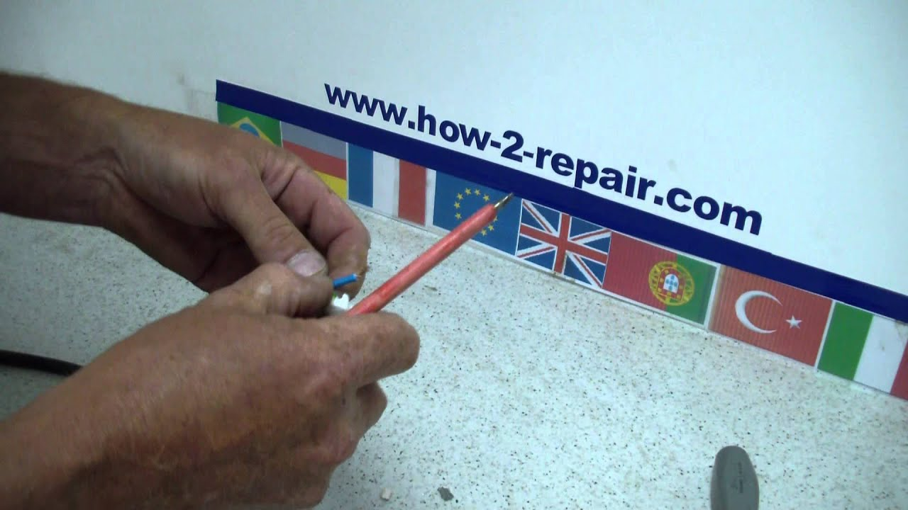 How to wire a new european continental electrical plug - YouTube