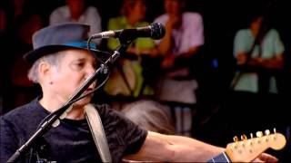 Paul Simon - Diamonds on the Soles of Her Shoes - Glastonbury 2011