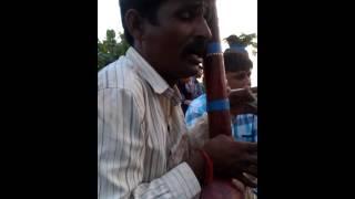 Madhu bha singing Bapa Odhavram hu to javu vari..