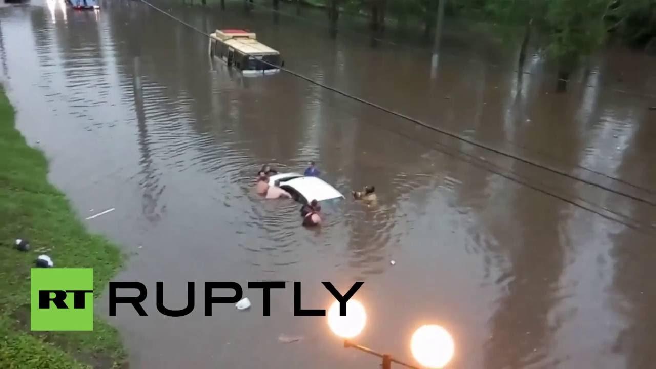 Russia: Flash floods rip through Lipetsk, leaving car and ...