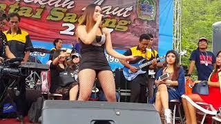 Download Video UUT SELLY - Ditinggal Rabi Si Goyang Dribble MP3 3GP MP4