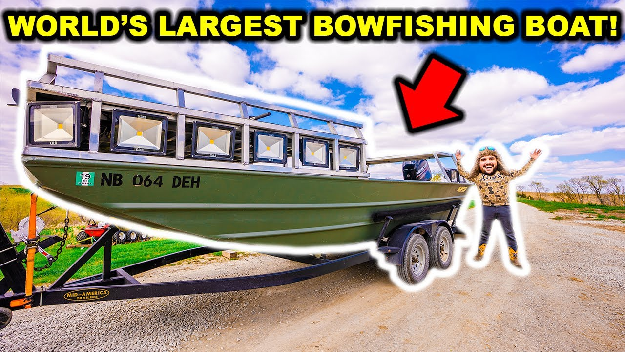 I Bought the World's LARGEST Bowfishing BOAT!!! (Maiden Voyage)