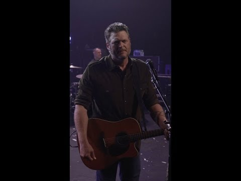 "Blake Shelton - ""God's Country"" (Vertical Video)"