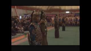 В Туве состоялись соревнования по борьбе хуреш на призы Чаан моге республики Андрея Хертека