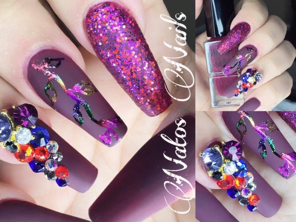 U as acrilicas matte y foil natos nails youtube for Decoracion 3d unas acrilicas