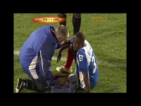 Lomana LuaLua backflip celebration injury vs Arsenal 2005/06