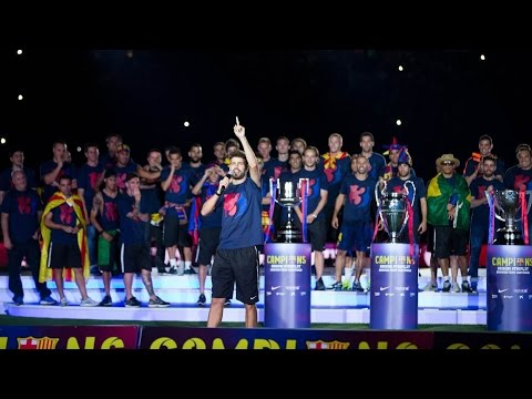 the-barça-first-team-during-the-treble-celebrations-at-camp-nou