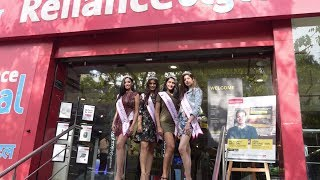 Miss India West 2018 winners visit the Reliance Digital store