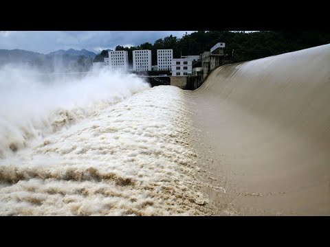 Flood Peaks Are Too Big; China Leaders Stated That 3 Gorges Dam Can't Resist More Rain