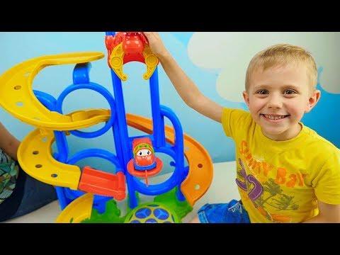 МАШИНКИ для детей все серии подряд и Даник - Сборник видео для детей с Машинками и Треками