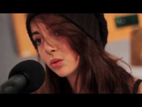 Eva Stone - Runaway (Live for Amazing Afternoons)