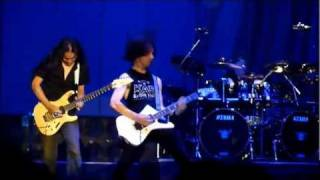 Dragonforce - Through The Fire and Flames live @ Odyssey - Belfast 2011 (With Marc Hudson)