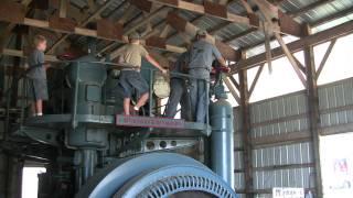STARTING A 16,700 CI McINTOSH-SEYMORE DIESEL ENGINE