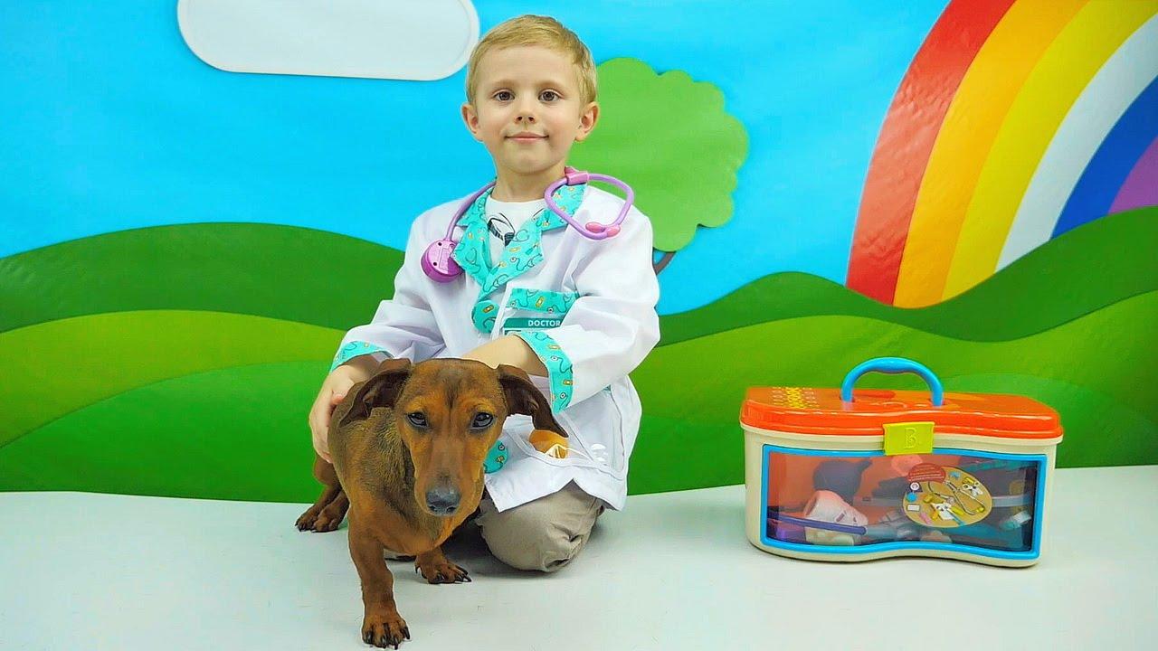 NEW!!! Доктор Даник лечит собачку Фокси - Интересное Видео для Детей про собачку Таксу