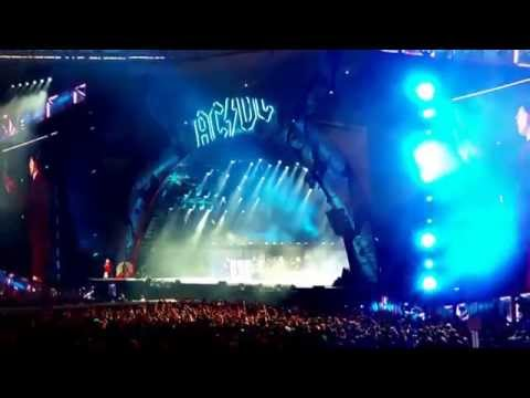 AC/DC Live Gelsenkirchen 2015 - Intro, Rock or Bust, Shoot to thrill