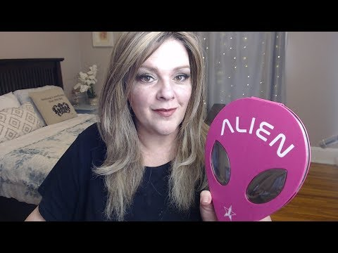 Unboxing & Reviewing Jeffree Star's Alien Palette thumbnail