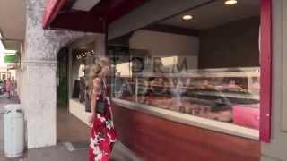 Paris Hilton can't stop eating sandwiches in Saint Tropez !!!