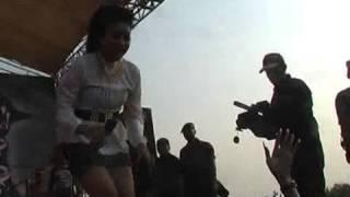 Monata Live Setro 2014 - Niken - Beraksi