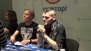 Poets of the Fall signing session - Moscow, Muztorg 2.11.2016