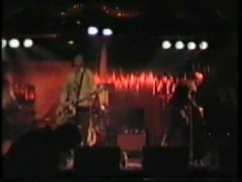 Bluebottle Kiss - Running Around White Picket Fence (Live)