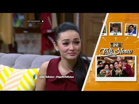 Zaskia Gotik Masih Belum Tahu Beda Mengejek dan Menyanyi - Ini Talk Show 4 February 2016