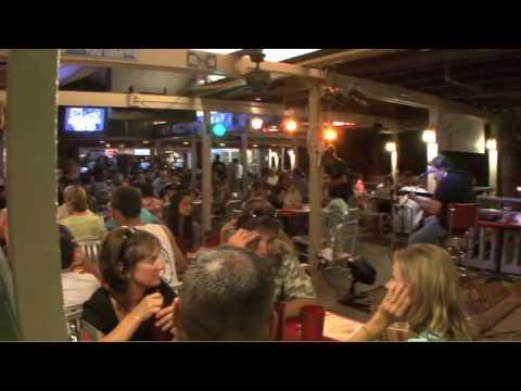 Cool Cat Cafe - Lahaina Maui Hawaii