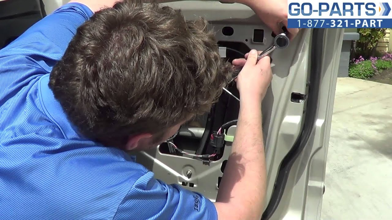 hight resolution of replace 2001 2005 ford explorer door handle exterior how to change install 2002 2003 2004 youtube