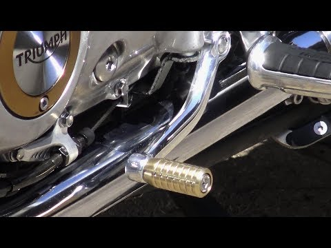 Triumph T120 Bonneville, BRASS is CLASS! Brass gear shift peg from MOTONE Customs
