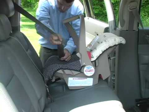 car seat installation evenflo discovery 5 without base youtube. Black Bedroom Furniture Sets. Home Design Ideas