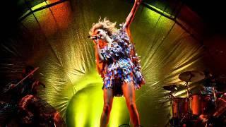 06 Head First - Goldfrapp Live O2