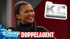 K.C. Undercover - Clip: Doppelagent | Disney Channel App 📱