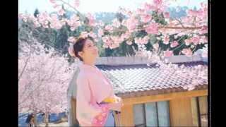 挿入歌『はいからさんが通る』南野陽子 サビ1 【歌詞】 凛々しく恋してゆきたいんです私 傷つくことに弱虫なんて乙女がすたるもの.