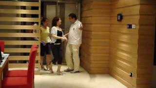A day at Smarthome (Experience center) English